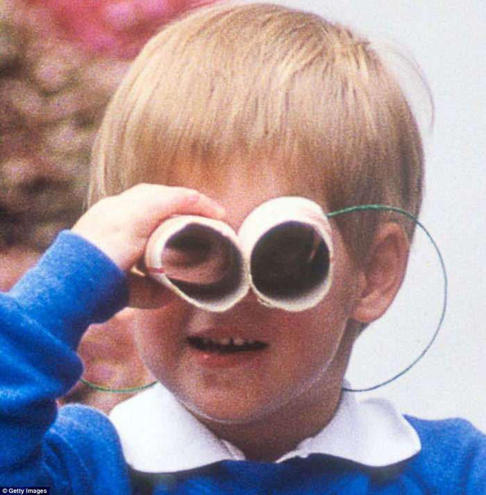 Маленький принц: каким был Гарри в детстве, когда Леди Ди еще была жива