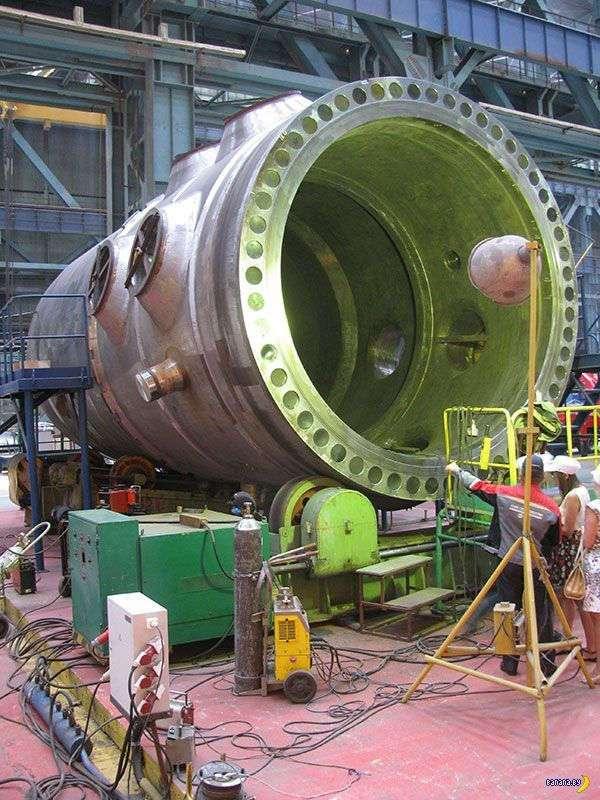 На Островецкой АЭС уронили корпус реактора
