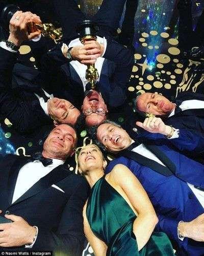 Оскар 2016: что происходило после церемонии в серии забавных фото из соцсетей звезд