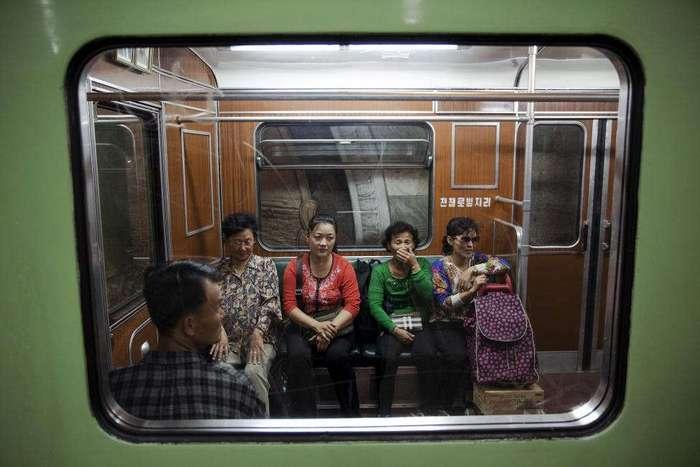 Пхеньянский метрополитен: как выглядит единственное метро Северной Кореи
