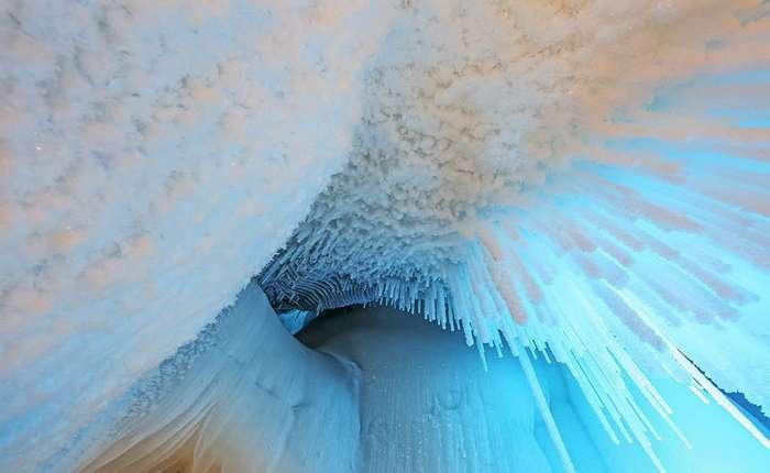 Подземное ледяное царство китайской провинции