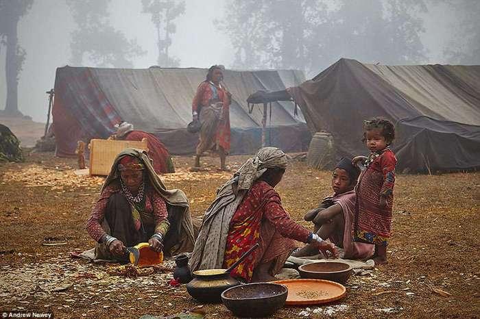 Последние охотники и собиратели: жизнь первобытного племени в Непале