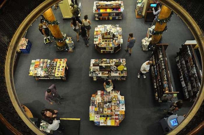 Рай для книголюбов: красивейший в мире книжный магазин в историческом здании театра