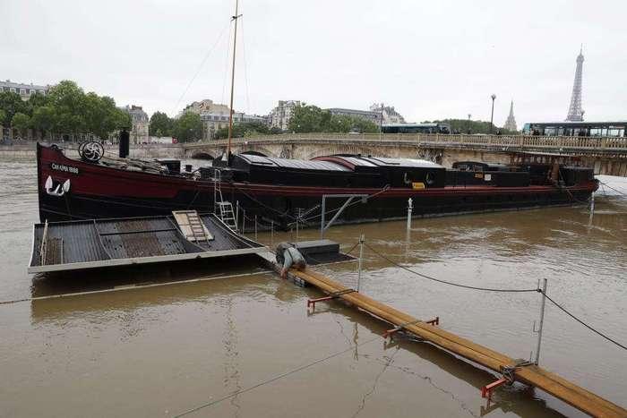 Рекордное наводнение во Франции за последние 30 лет