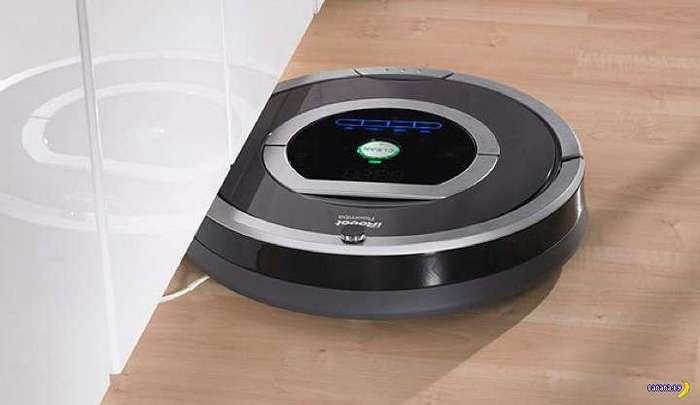 Робот-пылесос в доме с собакой