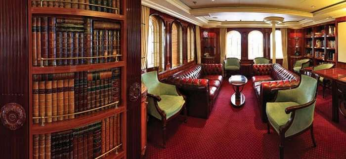 Великолепный «Royal Clipper»: самое большое парусное судно в мире