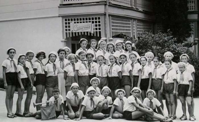 «Всегда вперед, ни шагу назад»: сегодня 94 года пионерской организации