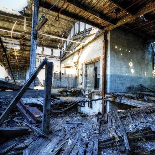 Заброшенные места в фотографиях Трейси Левеск