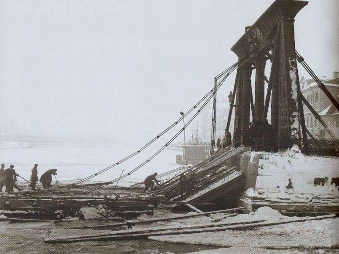Загадка обрушения Египетского моста в Петербурге, или Легенда о пророчестве сфинксов