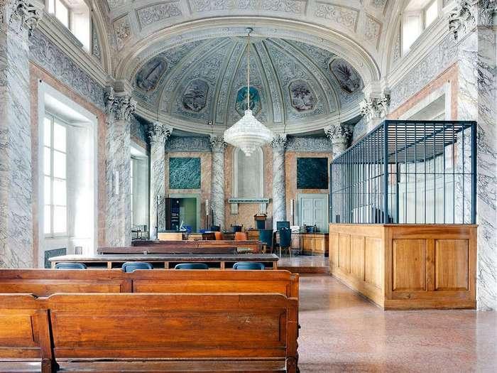 Залы суда, где нестыдно получить приговор