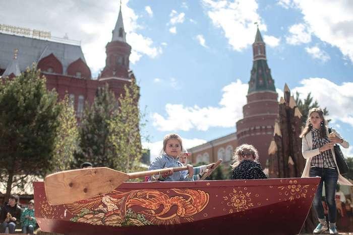 Знай наших! Крутая историческая реконструкция в центре Москвы