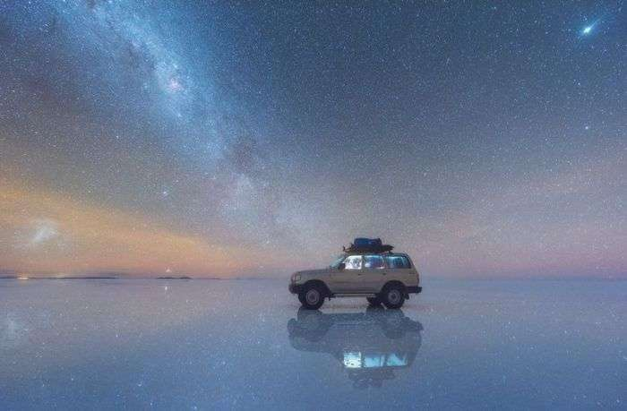Отражение Млечного Пути в Боливии (4 фото)