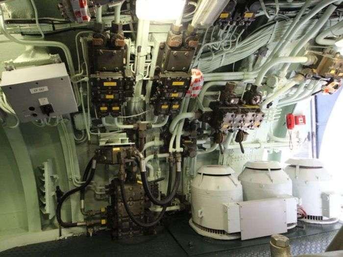 Атомная подводная лодка «Редутабль», ставшая музеем (32 фото)