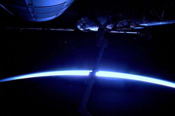 Голубое свечение незадолго до рассвета