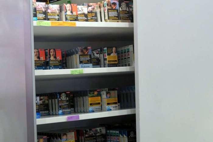 Суровая торговля сигаретами в Канаде