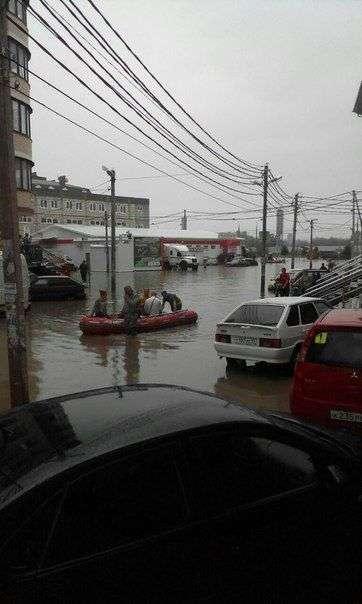В Краснодаре за несколько часов выпала полуторамесячная норма осадков