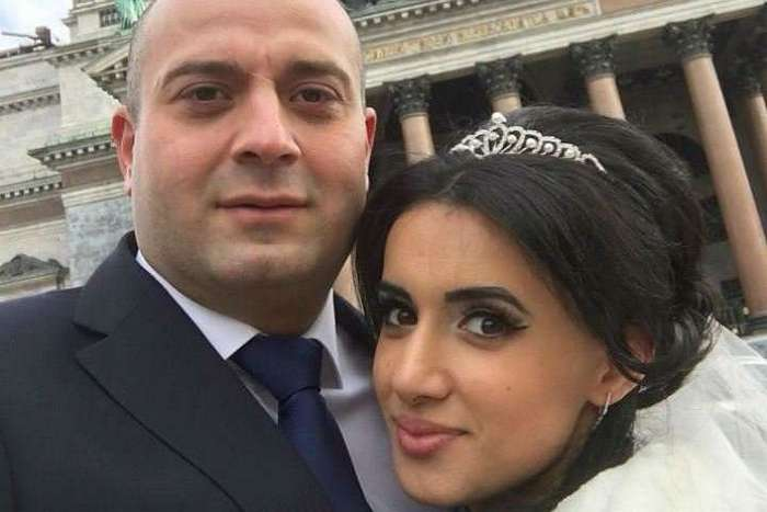 Убил жену через неделю после свадьбы — отпустили под залог