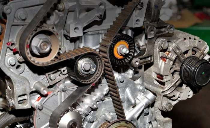 Почему современные моторы ломаются чаще старых и проверенных (10 фото)