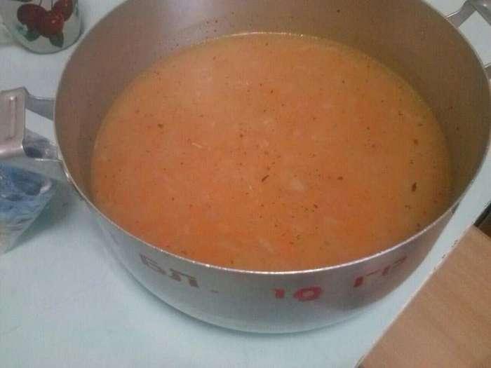 Челябинских детсадовцев кормили супом с червями
