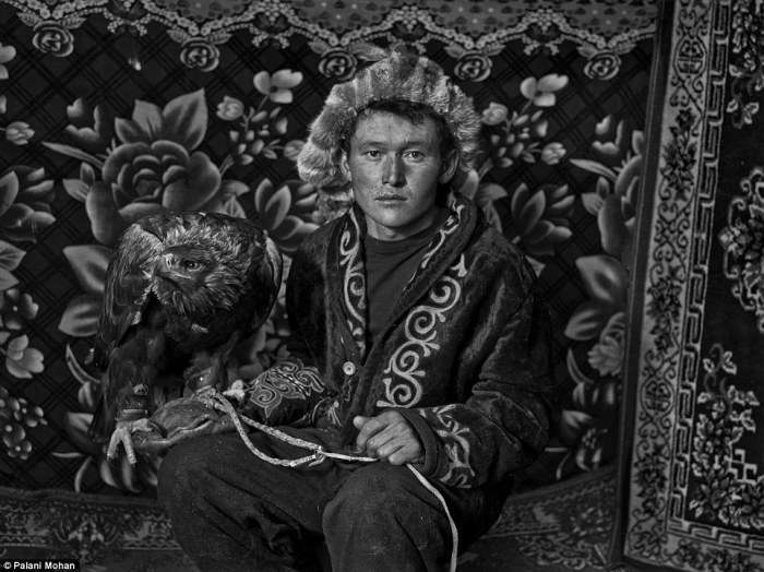 Уходящие традиции: казахское искусство охоты с золотыми орлами