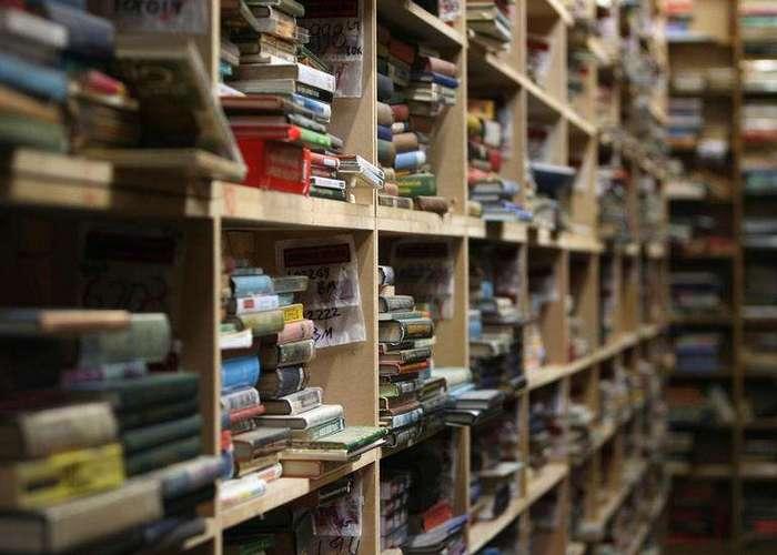 Россиянин заработал $3 млн, продавая фейковые книги на Amazon
