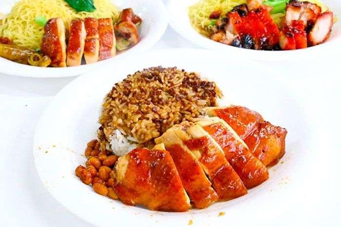 Торговец уличной едой из Сингапура получил звезду Michelin (4 фото)