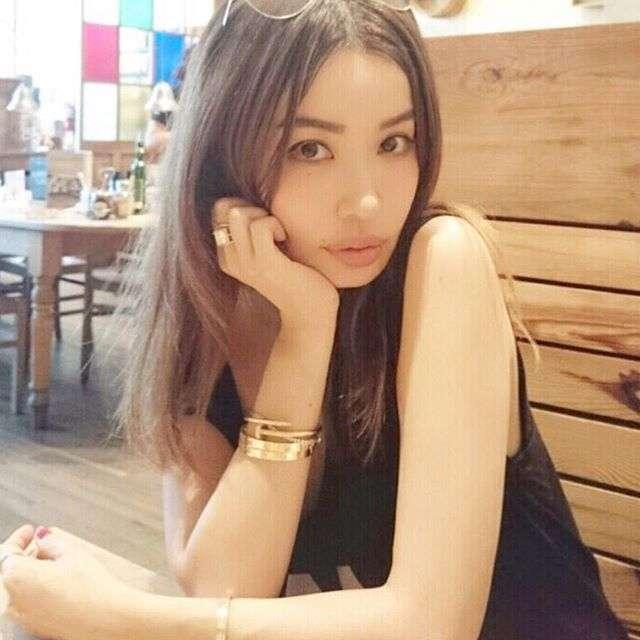 45-летняя японская модель с внешностью 20-летней девушки (8 фото)