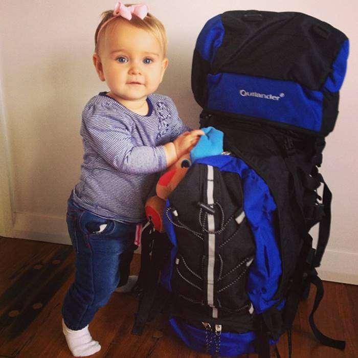 Годовалая малышка путешествует по миру с самого своего рождения (27 фото)