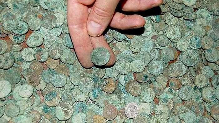 Крупнейшие из найденных кладов