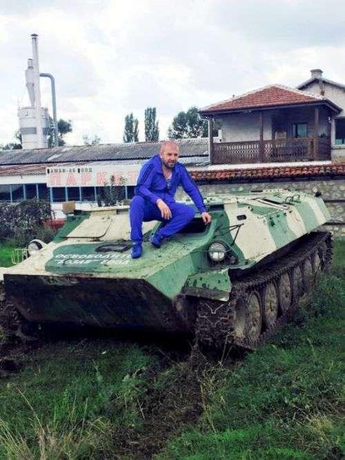 Болгарский рестлер стал охотником за головами и личными врагом ИГИЛ