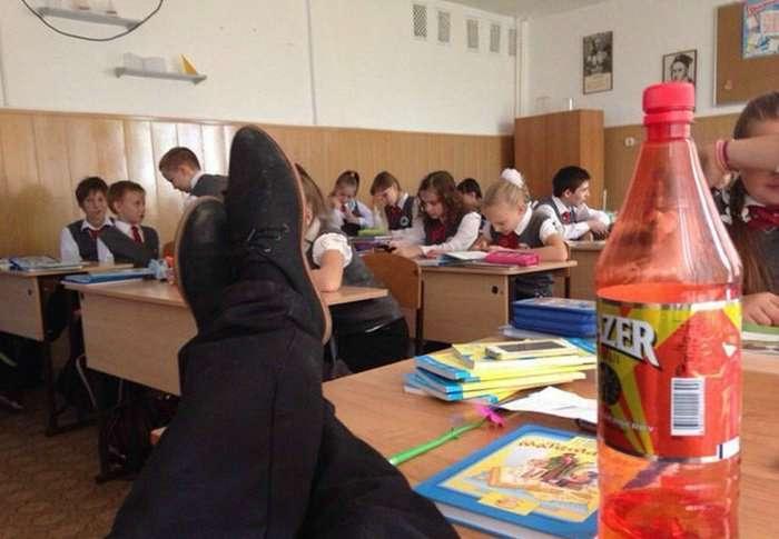 Снова осень: 17 уморительных снимков о школьных буднях