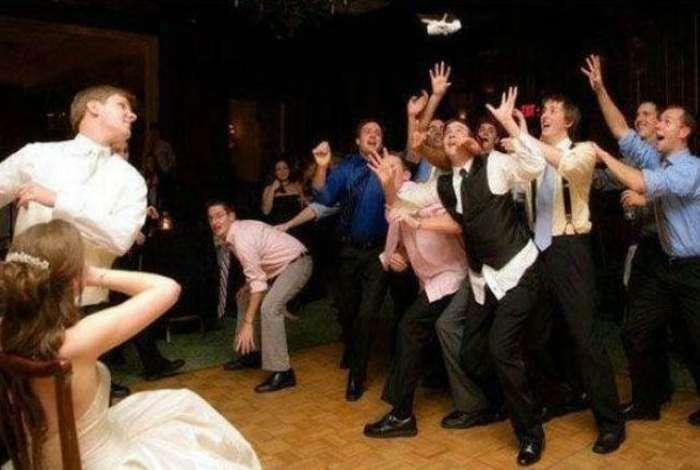 17 забавных свадебных моментов, запечатленных фотографами с отменным чувством юмора