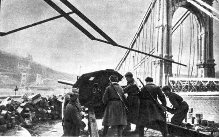 Почему Запад забыл, как Советский Союз спас его в 1945?