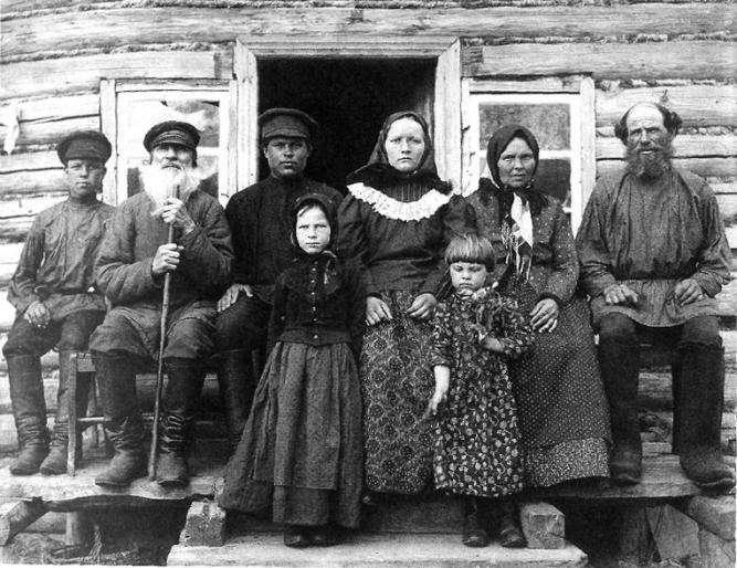 Как жили крестьянки конца XIX века (5 фото)
