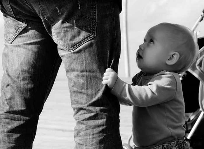 Щедрый папа подсчитал, сколько нужно денег на содержание ребёнка