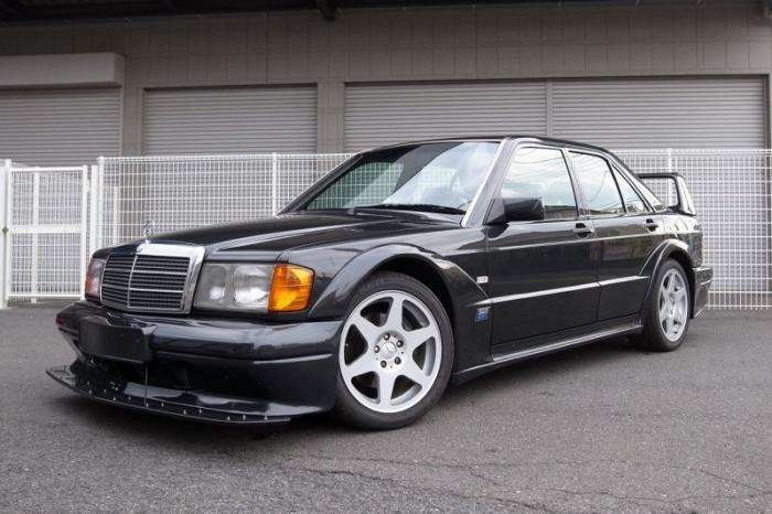 Mercedes-Benz 190E Evolution II выставлен на eBay (24 фото)