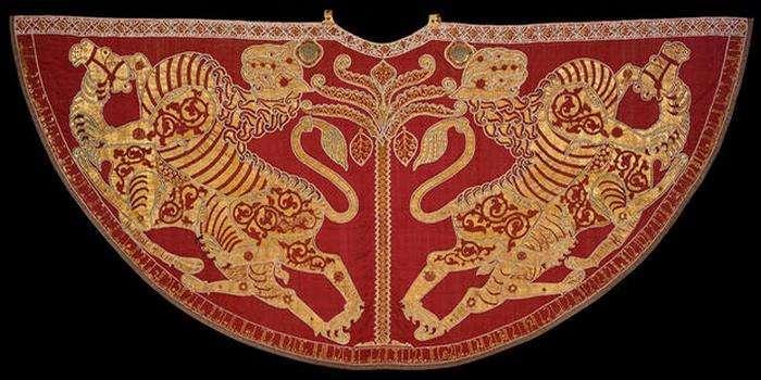 10 чудом сохранившихся предметов одежды, которую носили древние модники