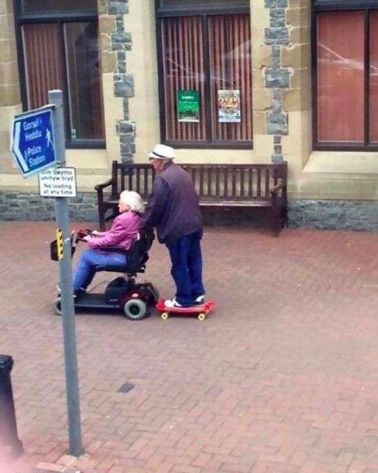 Пенсионеры, которым возраст нипочем (44 фото)