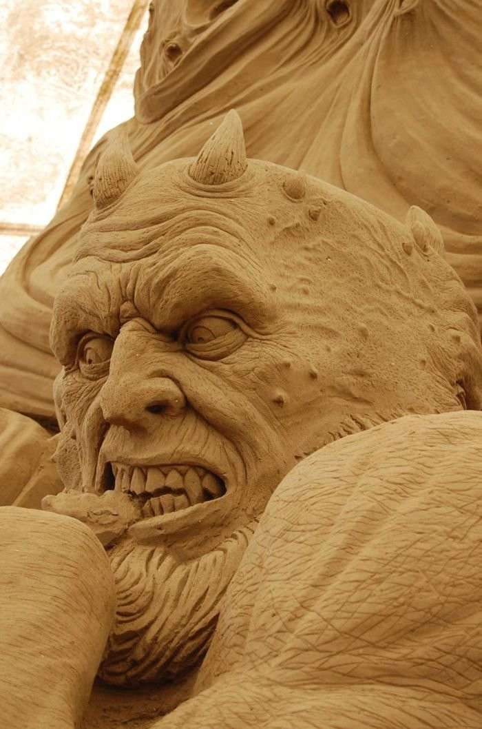 Как создаются песчаные скульптуры
