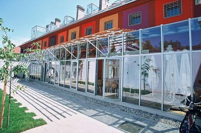 Сижу за решеткой: яркий недорогой отель, переделанный из бывшей тюрьмы