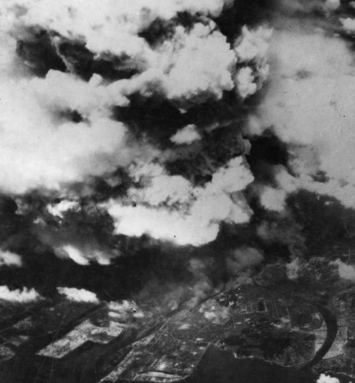 a personal recount of experiences of the atomic bombing in japan in the book hiroshima by john hersh Susan southard tells the story of the atomic bombing of nagasaki and the personal experiences in hiroshima on august 6 the press in japan was.