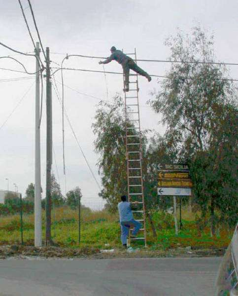 Техника безопасности зашкаливает (48 фото)