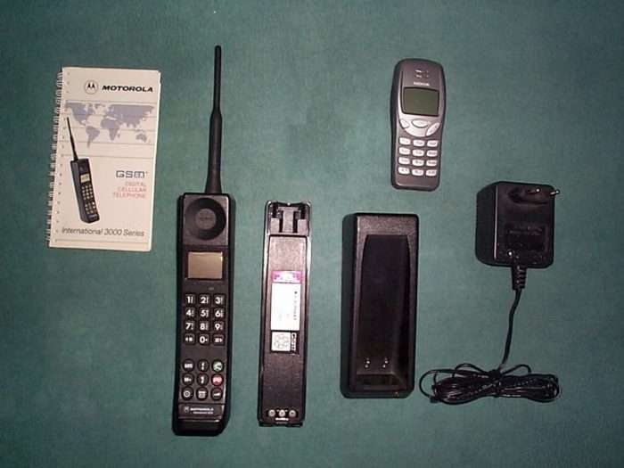 Эволюция мобильника: 11 мобильных телефонов, с которых начиналась история сотовой связи