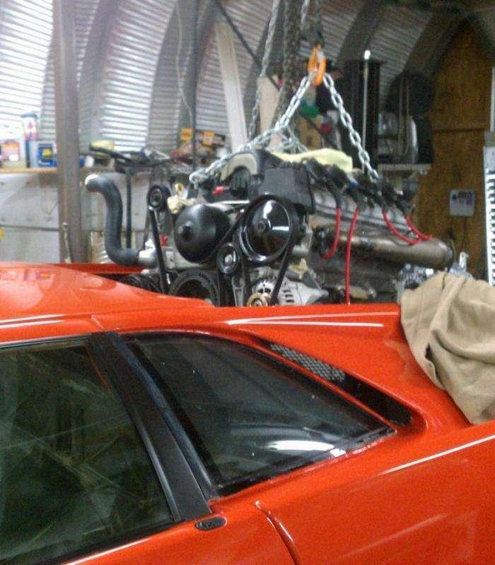 Lamborghini Diablo с двигателем V8 от Корветта (20 фото)