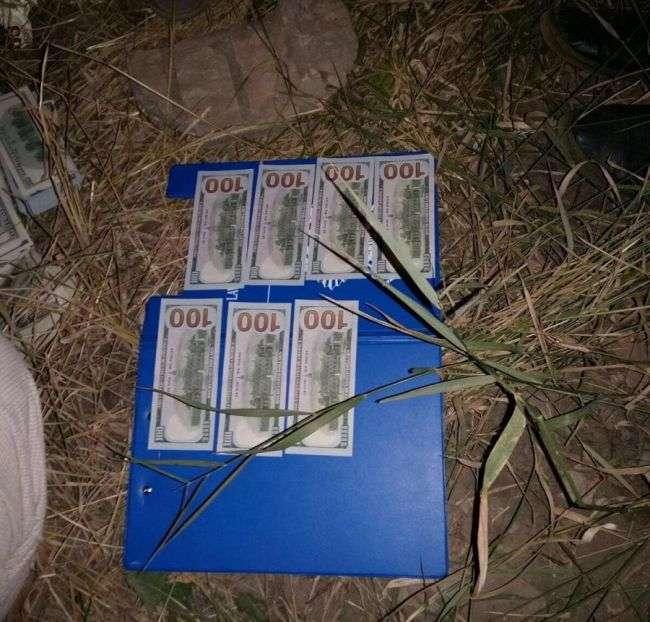 Киевский судья Николай Чаус получил взятку в трехлитровой банке