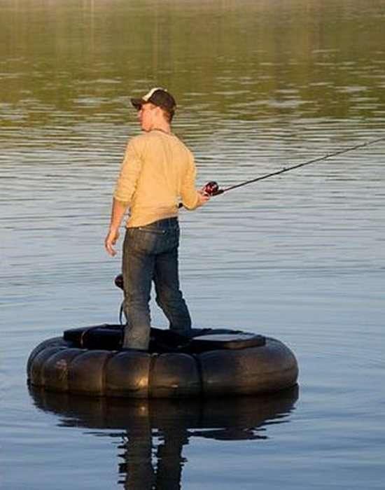 Самая маленькая лодка в мире GoBoat легко умещается в сумке