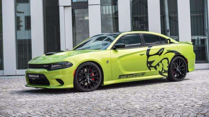 Немцы построили 782-сильный Dodge Charger SRT Hellcat (15 фото)
