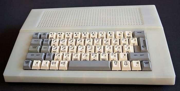 Как выглядели советские ноутбук, микроволновка и планшет
