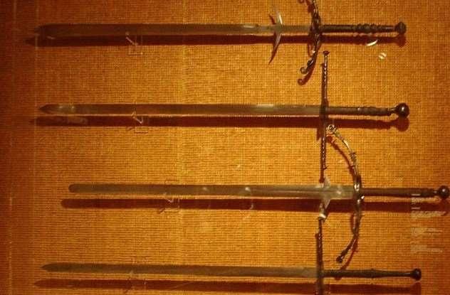Самые распространенные заблуждения о мечах