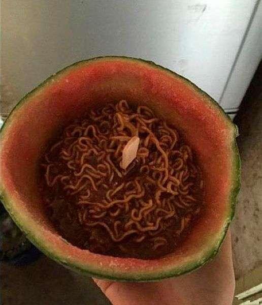 Необычный китайский деликатес (3 фото)
